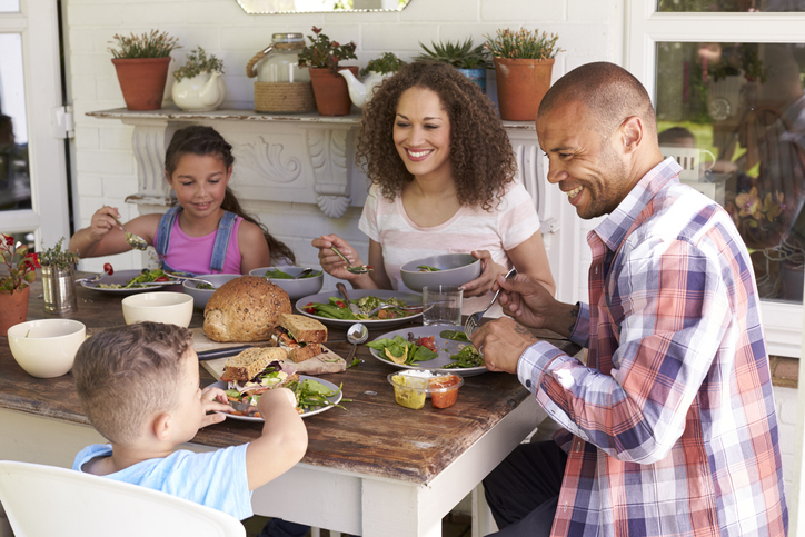 Make Family Dinners Fun! 30 Conversation Starters For Kids
